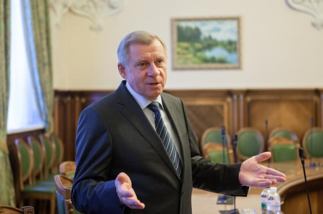 Яков Смолий рассказал о нетипичной ситуации с курсом доллара