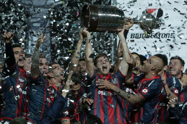 Игроки Сан-Лоренсо выиграли кубок Либертадорес