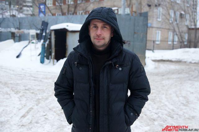 Алексей Шабалин от местного управления МЧС получил медаль «За отвагу на пожаре».