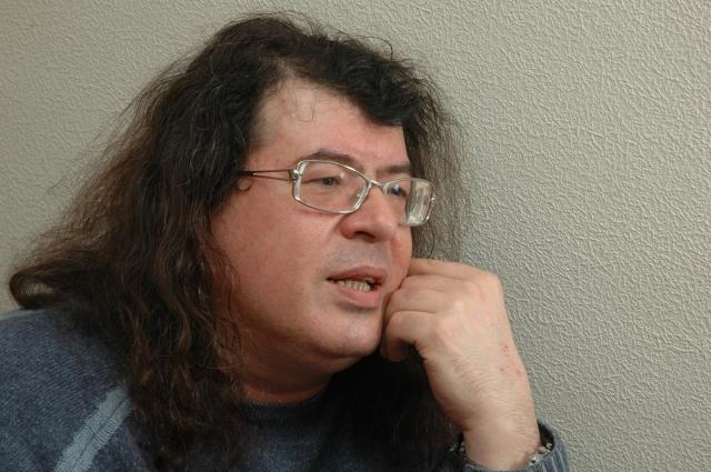 Слава пришла к Корнелюку в 1988 году после участия в передаче «Музыкальный ринг».