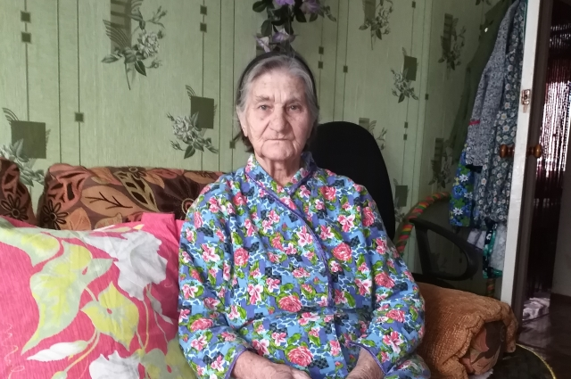 Валентине Гусаровой из Старой Торопы уже 91 год, своё детство она до сих пор вспоминает со слезами.