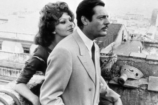 Софи Лорен и Марчелло Мастроянни в фильме «Брак по-итальянски», 1964.