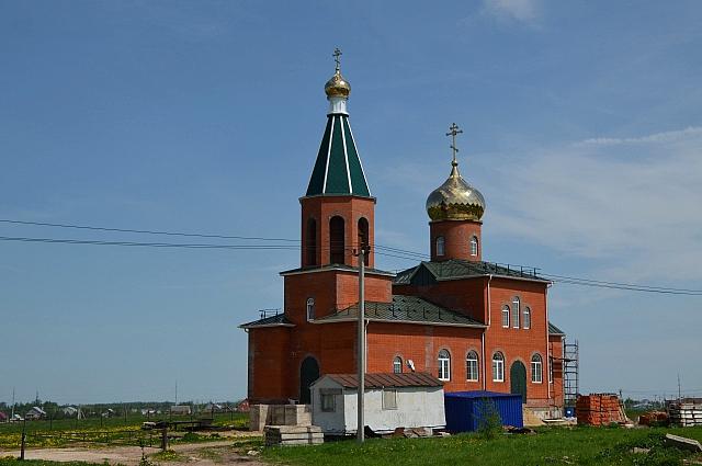 Храм в Ясногорске.