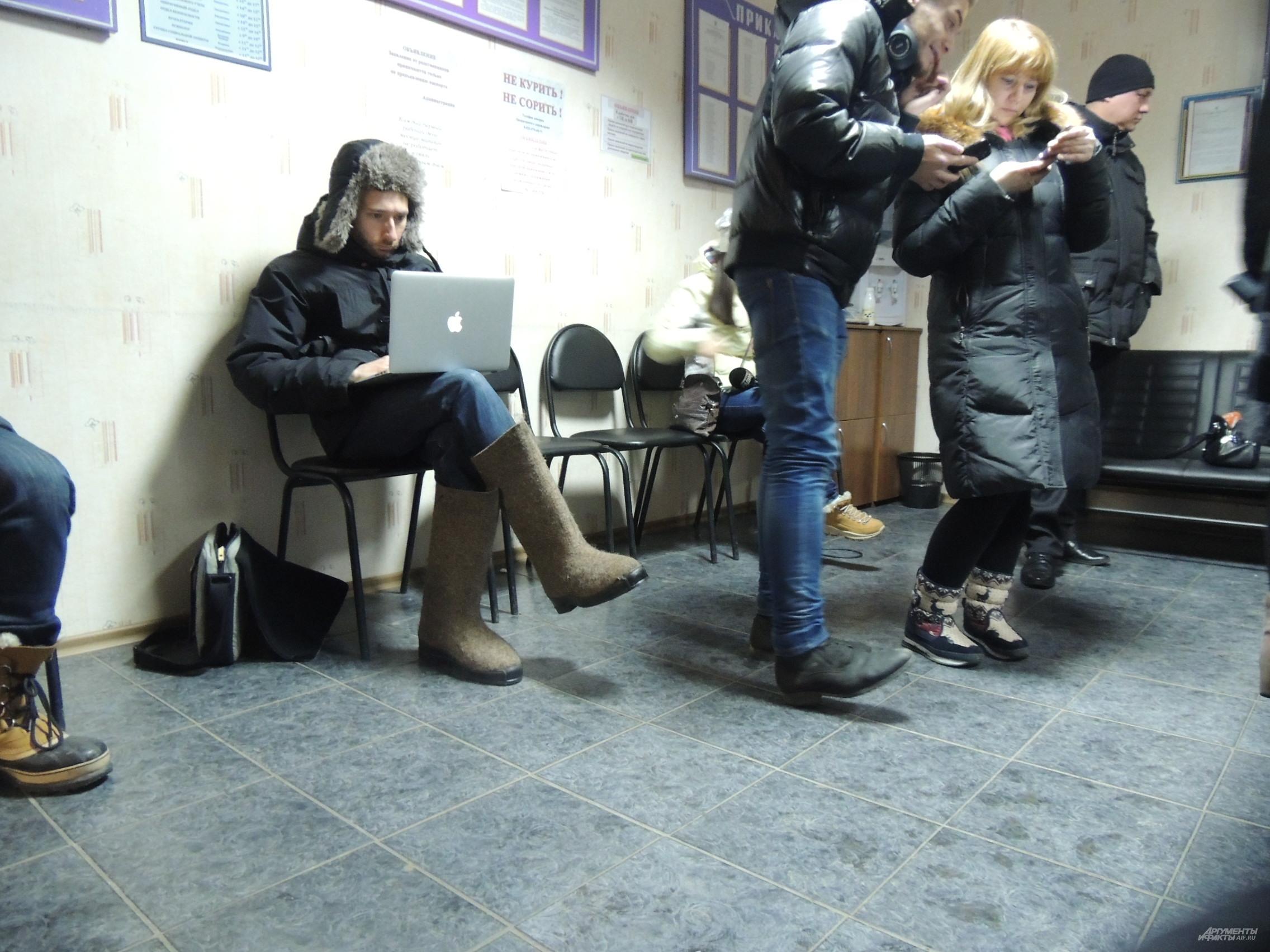 Иностранные журналисты, в отличии от местных, лучше подготовились к сибирской зиме