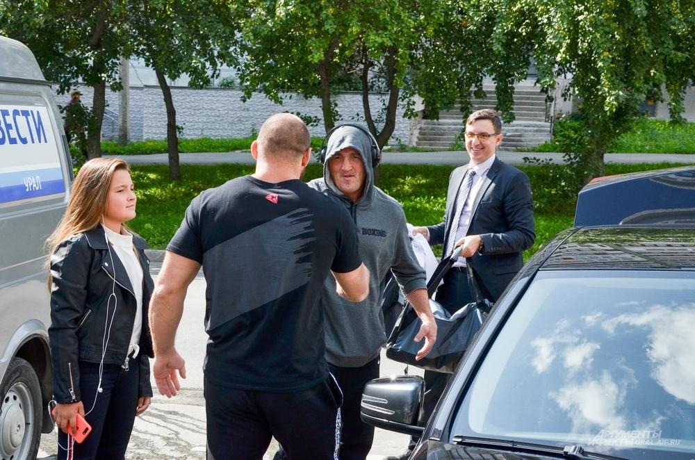 Денис Лебедева в Академии РМК встретил ее президент Иван Штырков.