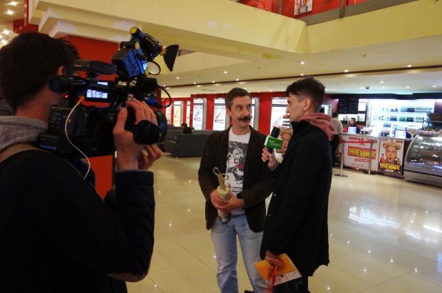 Организаторы пообщеали вернуть видеофестиваль в Сибирь.