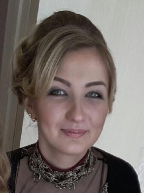 Татьяна Флотская ведёт многочисленные отчёты отдела.