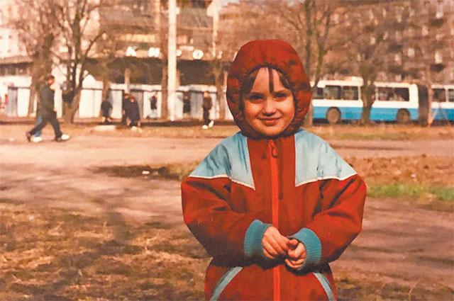 В районе Тропарёво-Никулино виолончелист родился и живёт по сей день.