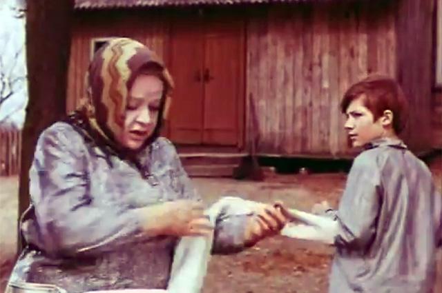 Шевкуненко за свою короткую жизнь успел пройти «звёздный» путь от киноактёра до лидера ОПГ / Кадр из фильма «Кортик», 1973 г.