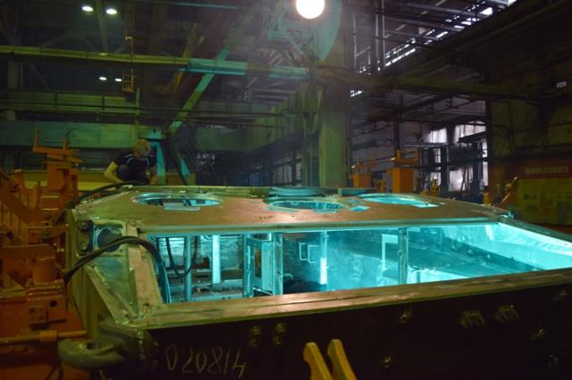 Завод занимается изготовлением машин для Министерства обороны