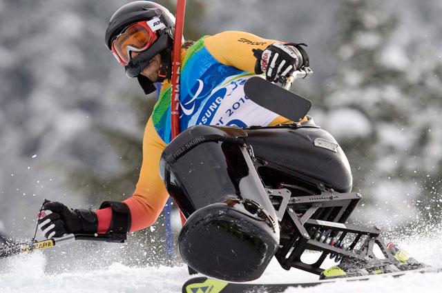 Josh Dueck. Лыжный слалом. Паралимпиада 2010 года в Канаде