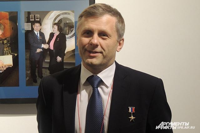 Петербургский космонавт Андрей Борисенко проходил космическую болезнь.