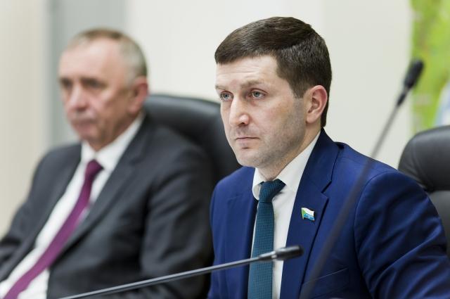 Борис Гладких - председатель профильного комитета по строительству, ЖКХ и ТЭК.