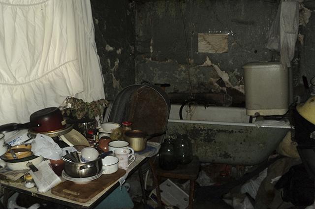 В некоторых квартирах царит самый настоящий хаос.