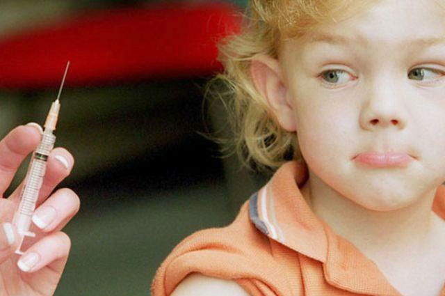 Привитые дети тоже могут заболеть.