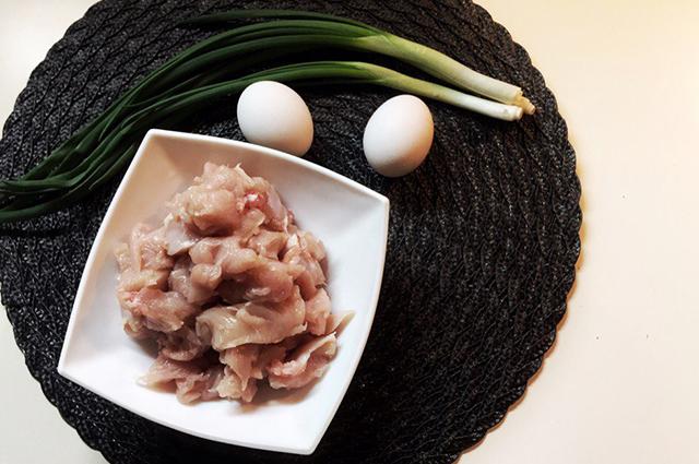 Рецепт простого куриного супа с грибами и кабачками