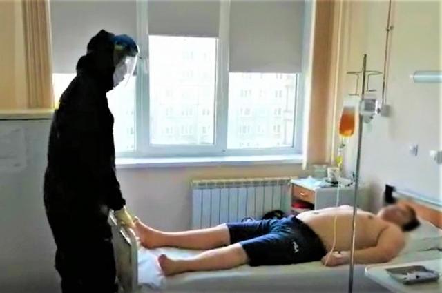 В настоящий момент 16 доз патогенредуцированной антиковидной плазмы уже доставлены в инфекционный госпиталь из Центра крови ФМБА России.