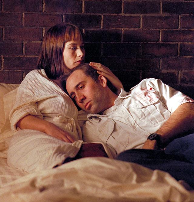 Кадр из фильма «Воскрешая мертвецов», 1999 г.