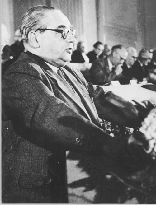 Герман Кастнер.