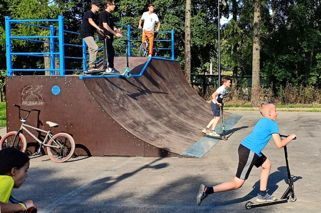 Новая скейт-площадка в Гатчине.