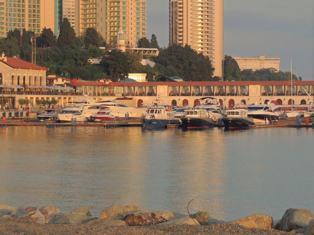 Парусная регата в сочинском морском порту