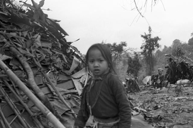 Вьетнамская девочка из лагеря беженцев