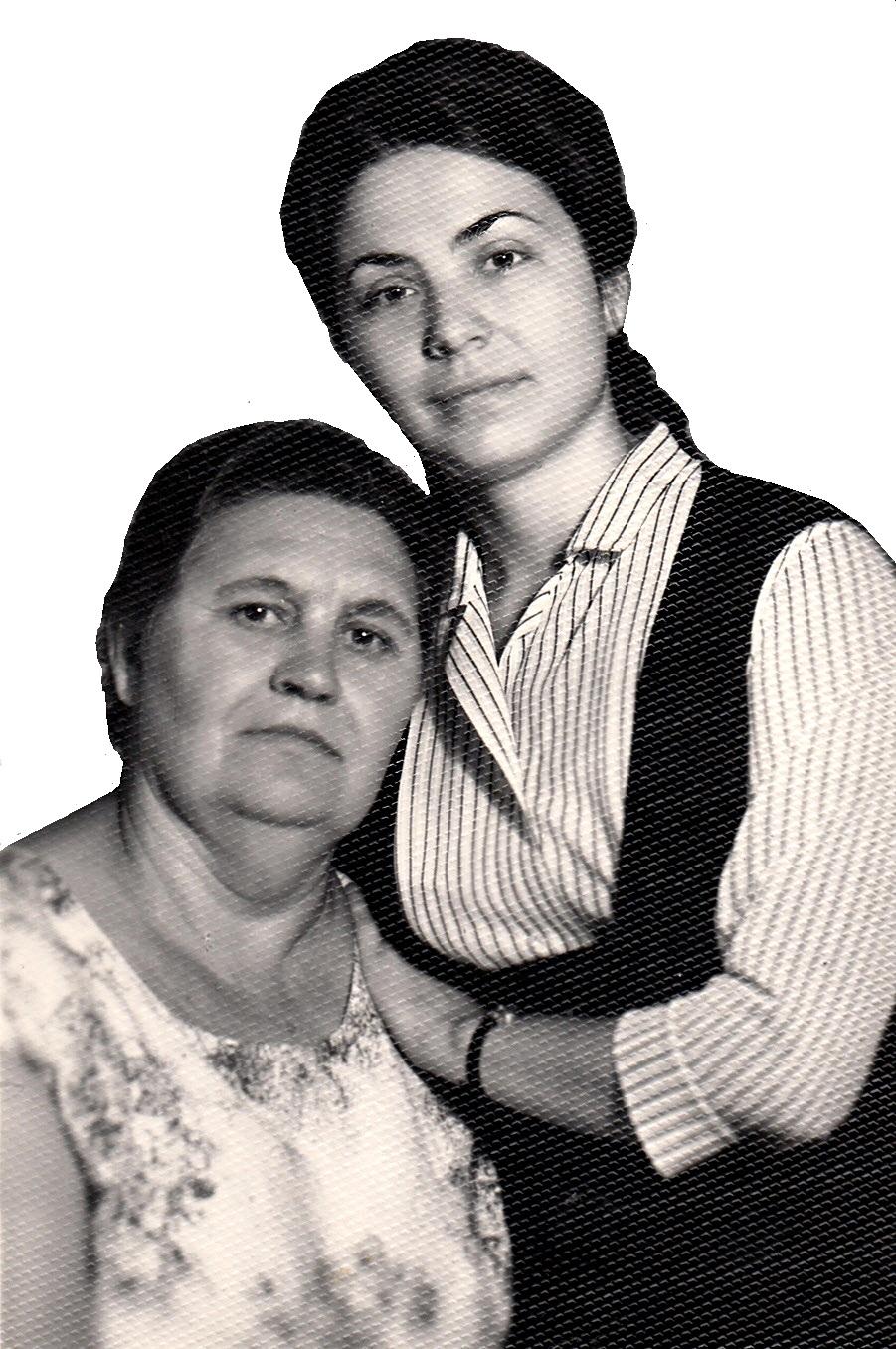 Александра Колдузова родилась в богатой семье, но стала беднячкой-батрачкой