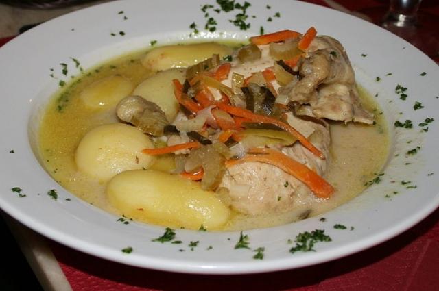 Ватерзой можно приготовить не только с курицей, но и с рыбой.