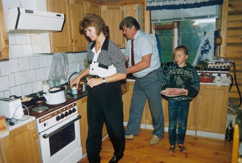 Елена Кондакова, Валерий Рюмин иихдочь Женя, 1996 г.
