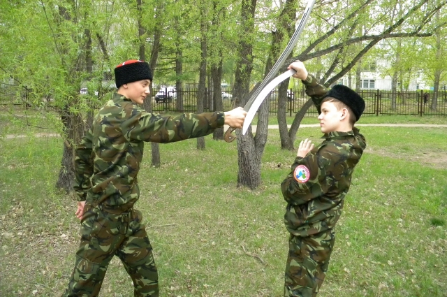 У дружнников, как в армии, боевая подготовка обязательна.