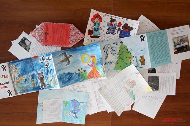 На конкурс ребята прислали 64 письма с интересными, волшебными, добрыми, смешными новогодними сказками.