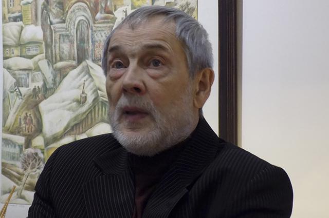 Дмитрий Сенников.