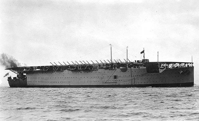 HMS Argus в конце 20-х годов XX века.