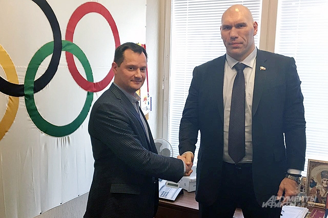 Владислав Жуков и Николай Валуев.