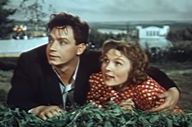 Вера Васильева и Владимир Ушаков в фильме «Свадьба с приданым», 1953 год
