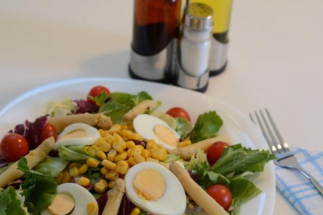Редька придаст необычный вкус любому салату.