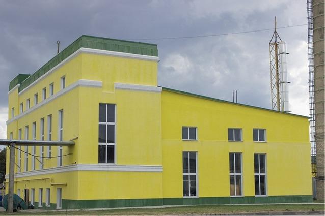 Так выглядел завод в военные годы, а теперь это крупнейшее предприятие, сочетающее в себе полноценный овощной и мясной консервный заводы.