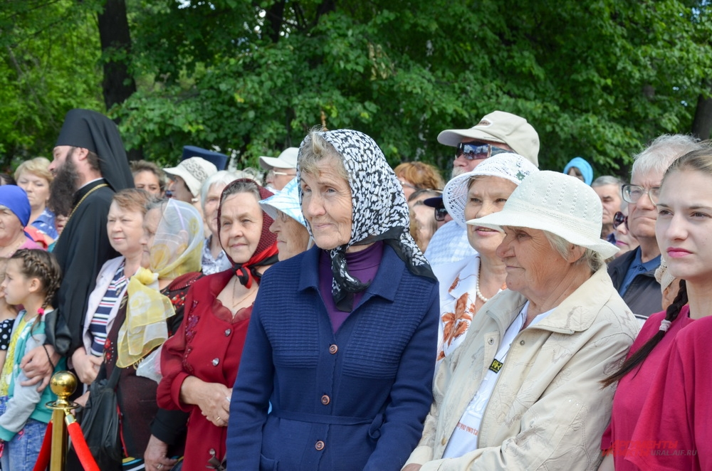 Открытие памятника великомученице Елизавете Романовой в Алапаевске.
