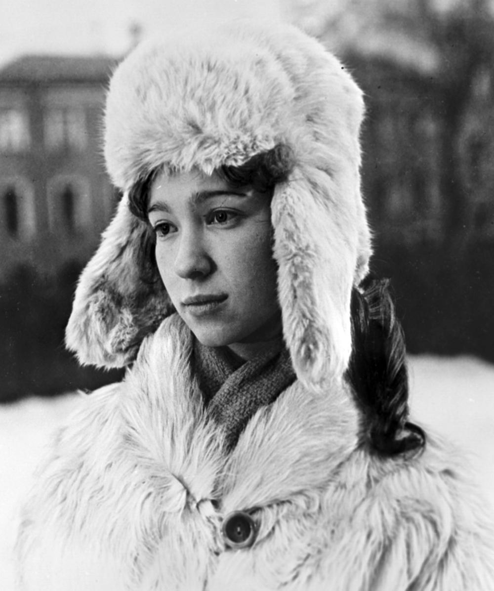 Марина Левтова в художественном фильме «Ключ без права передачи». 1977 г.