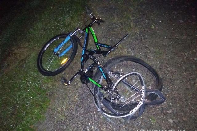 В результате аварии велосипедист от полученных травм скончался на месте аварии.