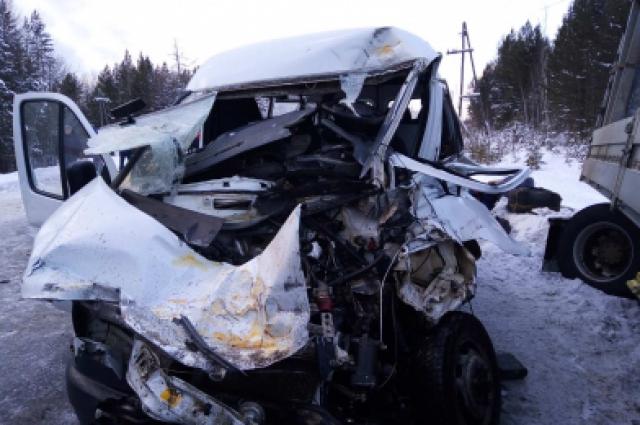 Водитель и пассажиры Газели доставлены в больницу.