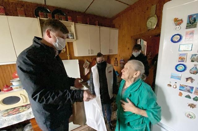 Анна Юрьева прошла войну медицинской сестрой.
