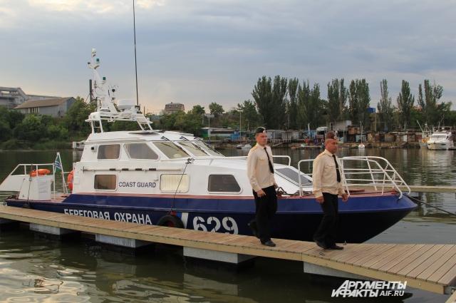 Новый быстроходный катер «Чибис» стал на охрану водных границ России.
