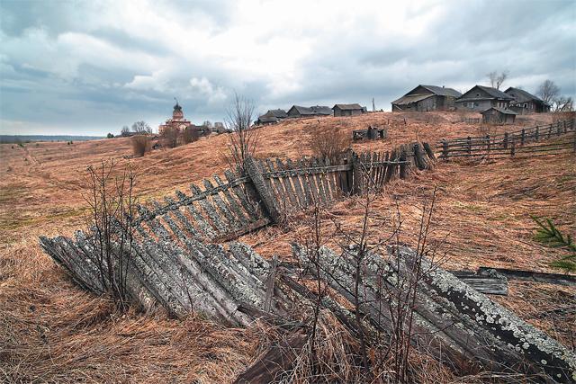 Номинация «Ускользающее наследие». Лучшее фото сделано в Вологодской области: «Ветер времени».