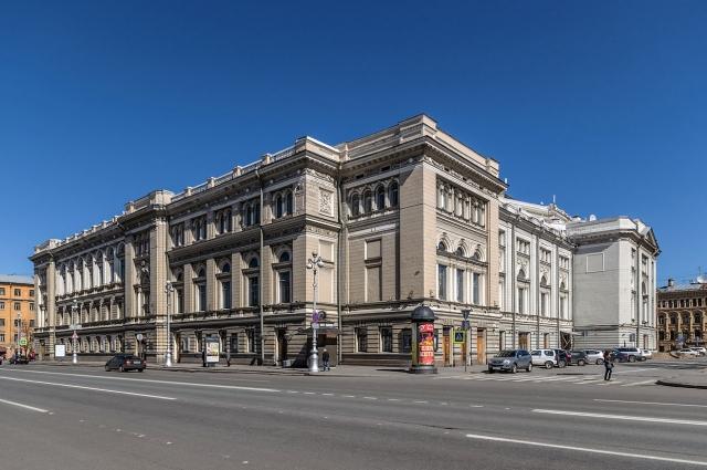 Сэр Пол Маккартни стал первым иностранцем, удостоенным звания почетного профессора Санкт-Петербургской консерватории.
