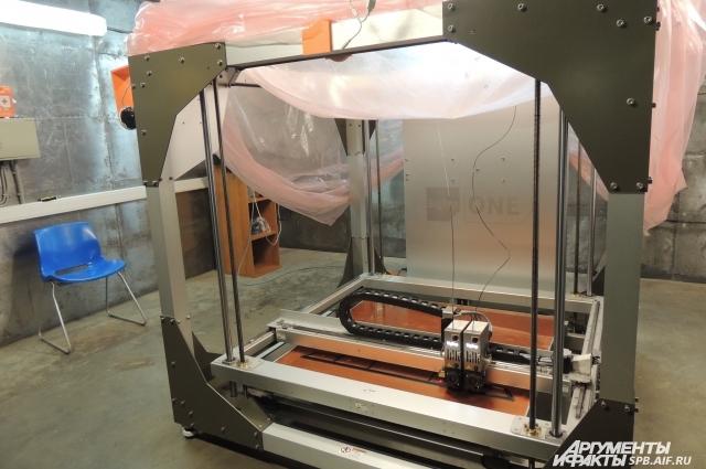Некоторые детали аппарата печатают на 3D-принтере.