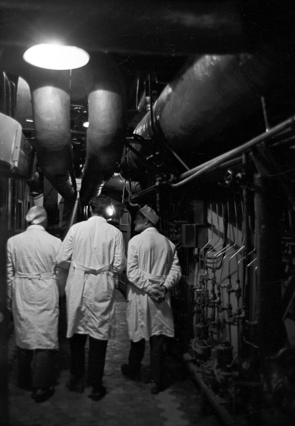 В подземном помещении Обнинской АЭС. 1966 г.