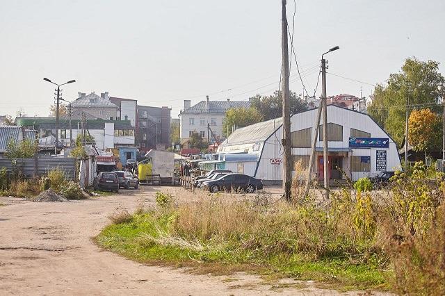 Рынок на Четырех углах в Пскове