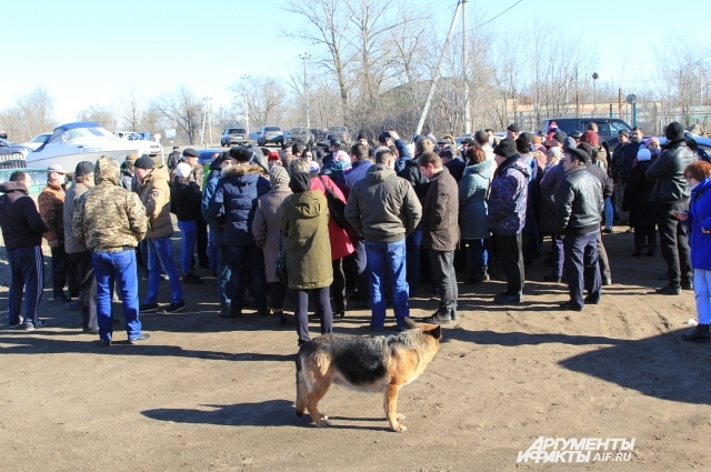 Жители Багаевской пришли на стихийный сход.