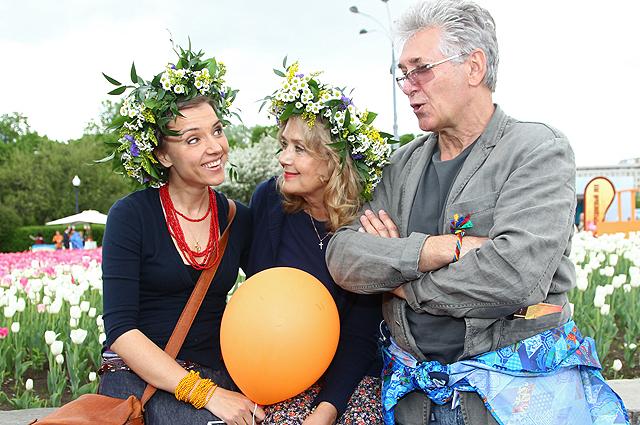 Ирина Алферова с супругом актером Сергеем Мартыновым и дочерью актрисой Ксенией Алферовой.